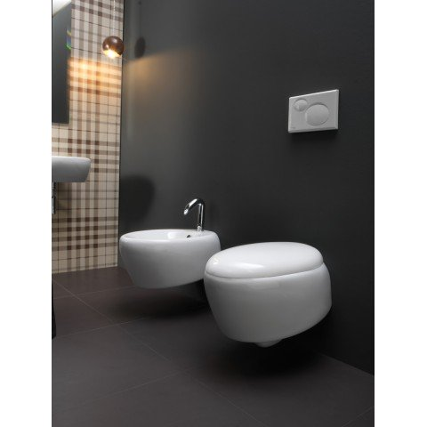 TOUCH SET VASO S/BRIDA C/COPRIVASO SOFT CLOSE + BIDET SOSPESO