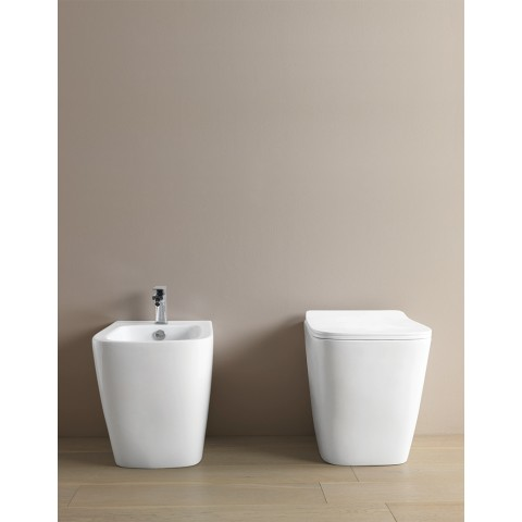 A16 SET VASO S/BRIDA C/COPRIVASO SLIM SOFT CLOSE + BIDET A TERRA FILO PARETE